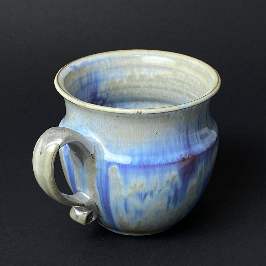 Reparatur einer Tasse mit Textilgewebe und Silber
